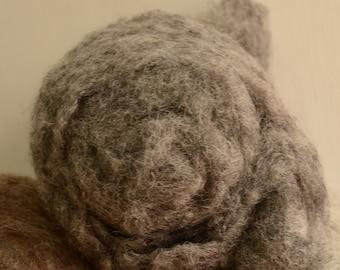 1oz Sheep Wool Short Fabric Batt Rovings- Dark Grey/Gray