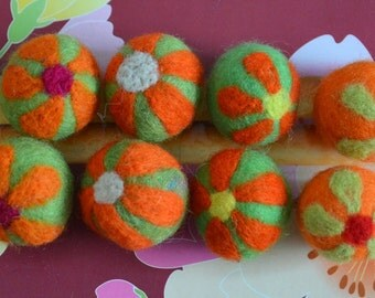 8pcs Mulitcolors Needle Felted Flower Felt Balls
