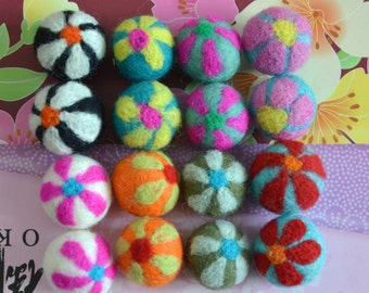 16pcs Mulitcolors Needle Felted Flower Felt Balls