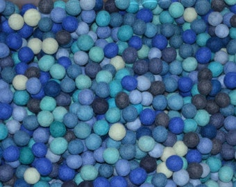 500pcs Blue Colors Felt Balls (2cm)