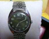 "USSR ""WOSTOK"" 17 jewels wrist watch 1960 green dial VERY good"