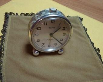 """USSR """"SLAVA""""  Alarm clock pearl rare  case 1960-1970 Perfect condition"""