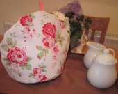 Teapot cosy handmade from Cath Kidston Rosali pink fabric - Shabby chic appeal