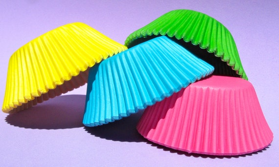 Fun Solid Colors Standard Cupcake liners 4 Color Combo (100qty)