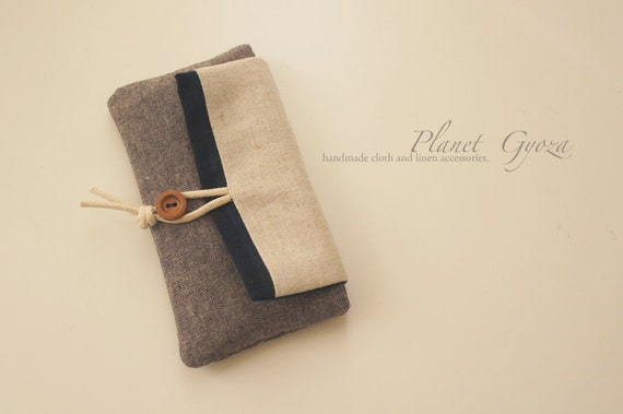 Iphone / Android cell phone Pouch / Case(4s, 4, 3Gs) - button hook, Scottish plaid, Linen / Cotton