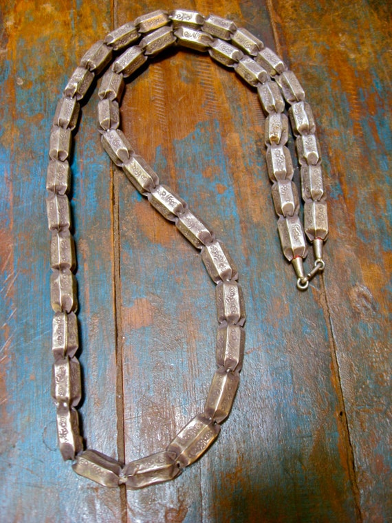 Vintage Tribal Silver Bead Necklace from India - unisex, 1960s