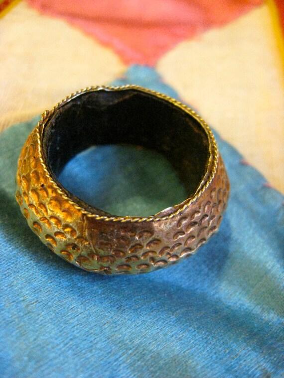 Indonesian Vintage Ring with 22k Gold Plating Over Wood - size 9.5 - unisex Boho