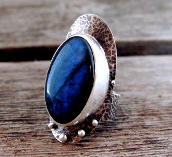 Nightingale in Sterling and Deep Blue Labradorite