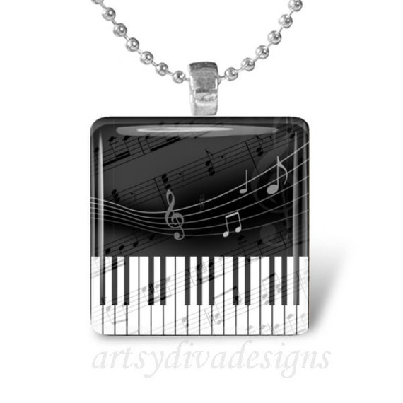 MUSICAL PIANO KEYBOARD Music Notes Glass Tile Pendant Necklace Keyring