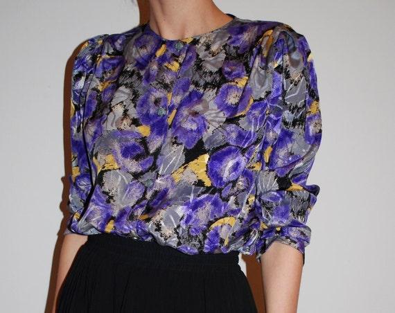 20% SALE vintage blouse violet black pattern long sleeve size M