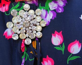 RHINESTONE BROOCH -#-  Vintage Jewelry -#- 1940's -#- WW ll Jewelry -#- Made in the America