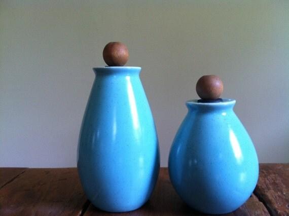 Aqua Blue Mod/Mid Century/Atomic Ceramic Salt & Pepper Shakers