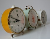 Vintage yellow Peter Repeat alarm clock from Germany