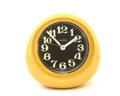 AMAZING find Vintage yellow ORIGNAL BOX ruhla alarm clock from gdr