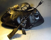 Large purse with strap, hand crafted from re-used inner tube //// Bolso Llanta Reusada
