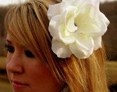 white flower hair barrettes