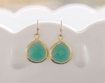 Kelly Green Drop Earrings in Gold - Gold Filled Earwire - Gifts, Bridesmaid Earrings, Bridal, Christmas Gift