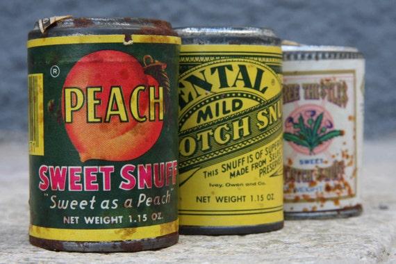 Vintage American snuff tins