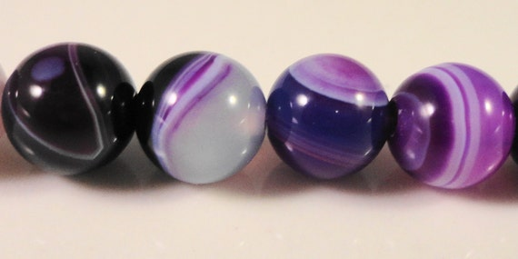 Purple Agate Gemstone Beads 8mm Round Agate Beads, Purple Striped Agate Beads, Semiprecious Stone Beads on a 7 1/4 Inch Strand with 23 Beads