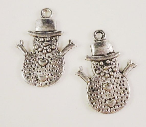 Silver Snowman Charms 20x15mm Antique Silver Tone Metal Christmas Winter Charm Pendant Lead Free Jewelry Findings 10pcs