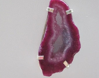 Wild Orchid Pink Fuchsia Rough Cut Geode Slice Agate Layered 2 Strand Goldtone Necklace
