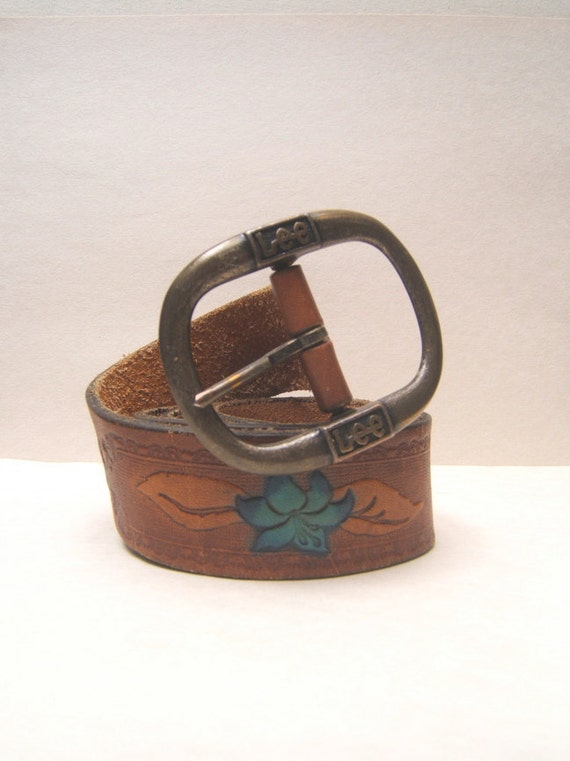 Lee Jeans leather belt and buckle, turquoise flowers 1980's, made in Canada.  Size Small