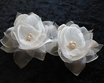 Bridal Ivory Organza Hair Fascinator Flower Set with Fresh Water Pearls, Bridal Hair Clip for Wedding