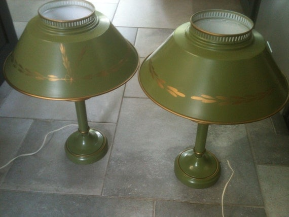 On HOLD For Illyne----------Pair of Vintaqe Olive Tin Lamps