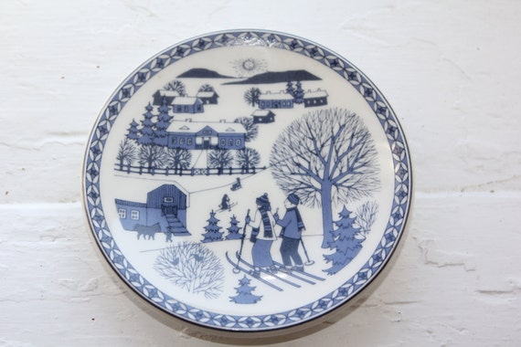 """Wall plate called """"Winter"""" by Arabia Finland"""