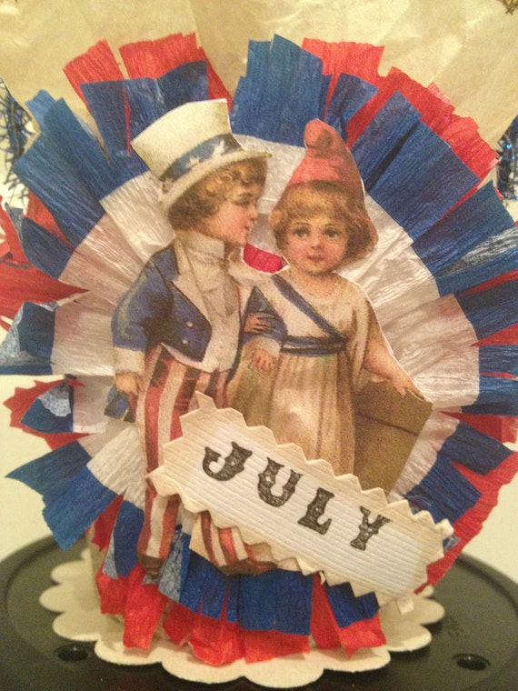 Vintage Style Independence Day Candy Basket