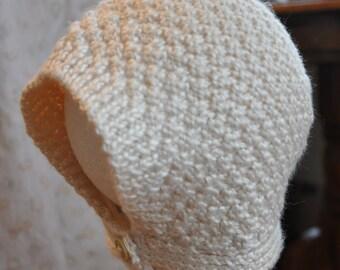 Lightweight Baby Bonnet in Cream (0-3 months)