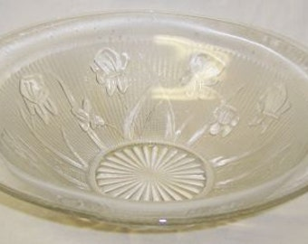 Jeannette Crystal Vintage Iris and Herringbone Depression Glass 11 Inch Smooth Edge Bowl