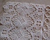 Dutch Lace No Sew Valance 2 yards