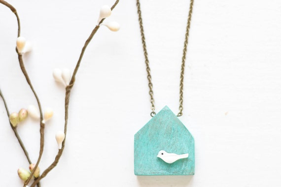 Wood house necklace with shell bird - blue wooden house pendant - patina - mint