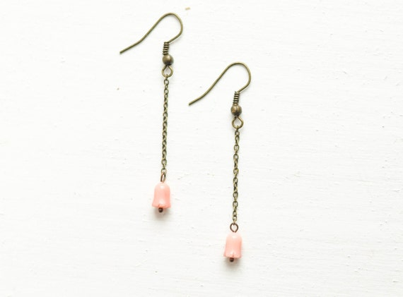 Coral tulip pink earrings