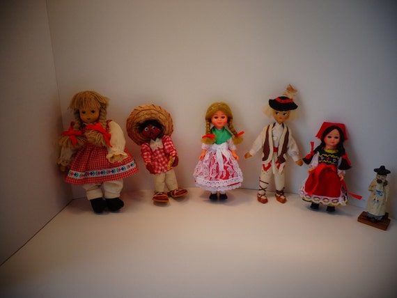 SALE-Vintage Souvenir Costumed Mini Dolls