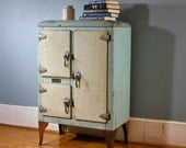 RARE Antique Iceland Icebox With Great Vintage Green Cream Galvanized Patina - BarnAndBox