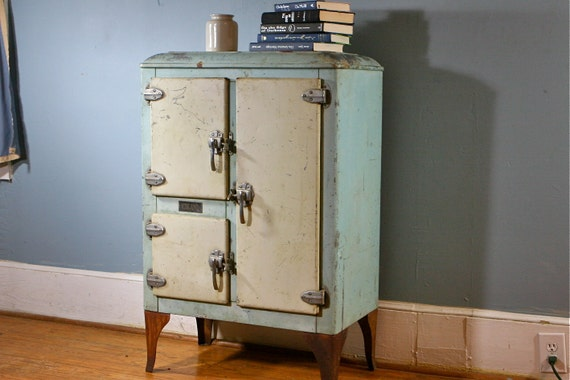 RESERVED FOR AMY rare Antique Iceland Icebox With Great Vintage Green Cream Galvanized Patina