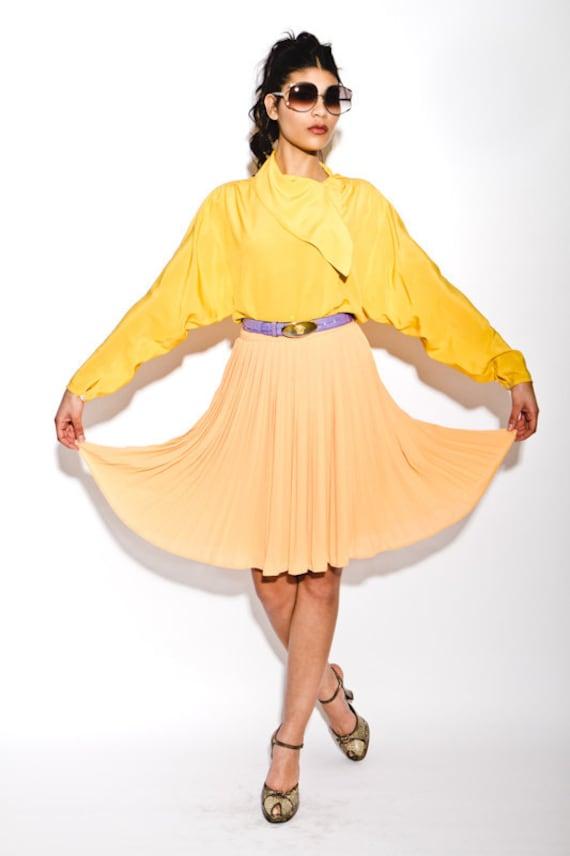 FINAL REDUCTION was 185 now 50 lovely & versatile ESCADA 1980's/90's apricot peach pleat skirt
