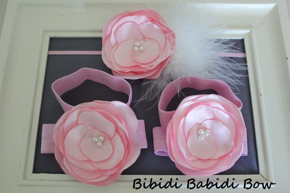 Baby barefoot shoes - Set of baby girl headband and sandals  - baby shower gift -- Lt. Pink flower sandals and headband - Newborn shoes