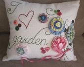 I (heart) Garden YoYo Fabric Button Flowers Hand Embroidered Pillow, Yo Yo Pillow, Garden YoYo Pillow