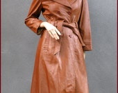 1970s rusty tan leather vintage ladies coat - double breasted - Size S