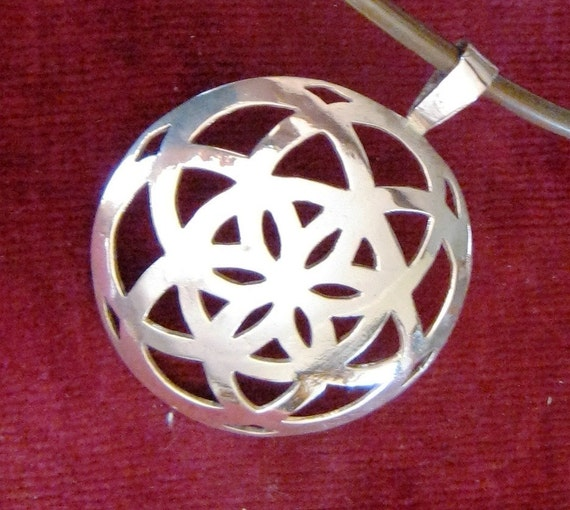 Silver pendant. Symbol. Seed of life pendant in silver.