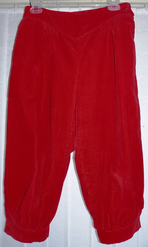 SALE  vintage  Cherry red corduroy knickerbockers Size 11   knickers pants capri