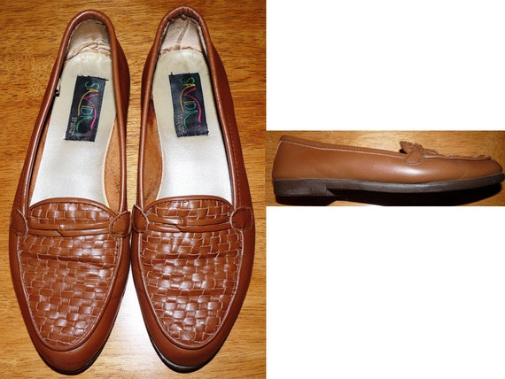 SALE  vintage  caramel Weaved leather loafers flats slip on shoes by Savida  Size 8 huarache