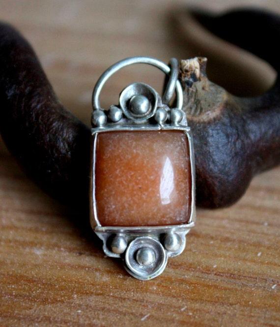 Silver square aventurine pendant, geometric shape and modern style, lightweight for everyday wear, Olenji