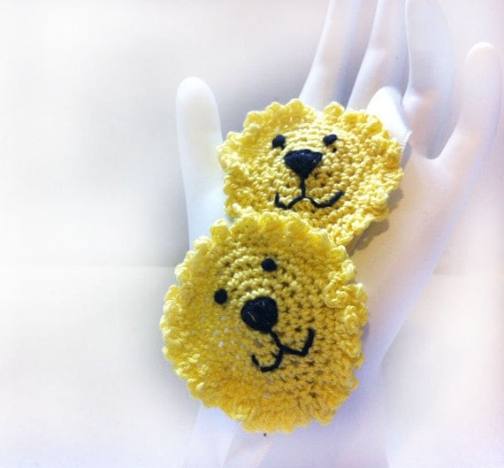 Yellow Lion Clips: hair clippies, hand crochet