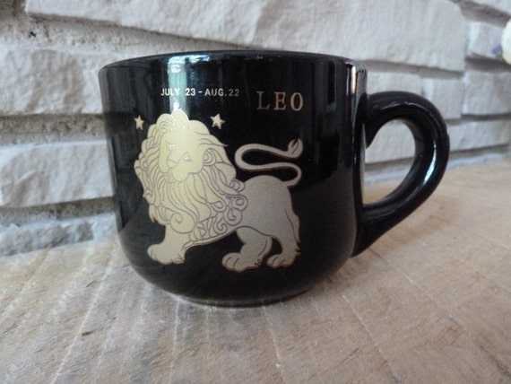 Vintage Astrology Leo Mug