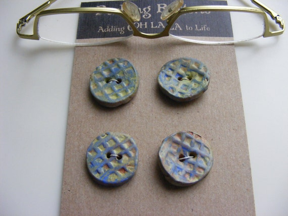 4 French Blue round ceramic buttons basket weave design   for knitting sewing crafts