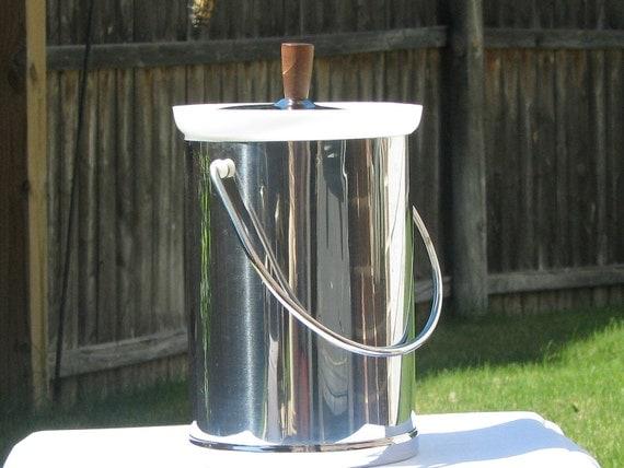 Mid Century Modern/Vintage Kromex made in the U.S.A. 1950s 60s Ice Bucket